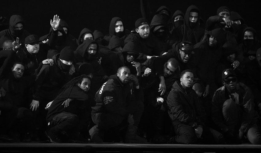 Kanye West, uživo na Brits