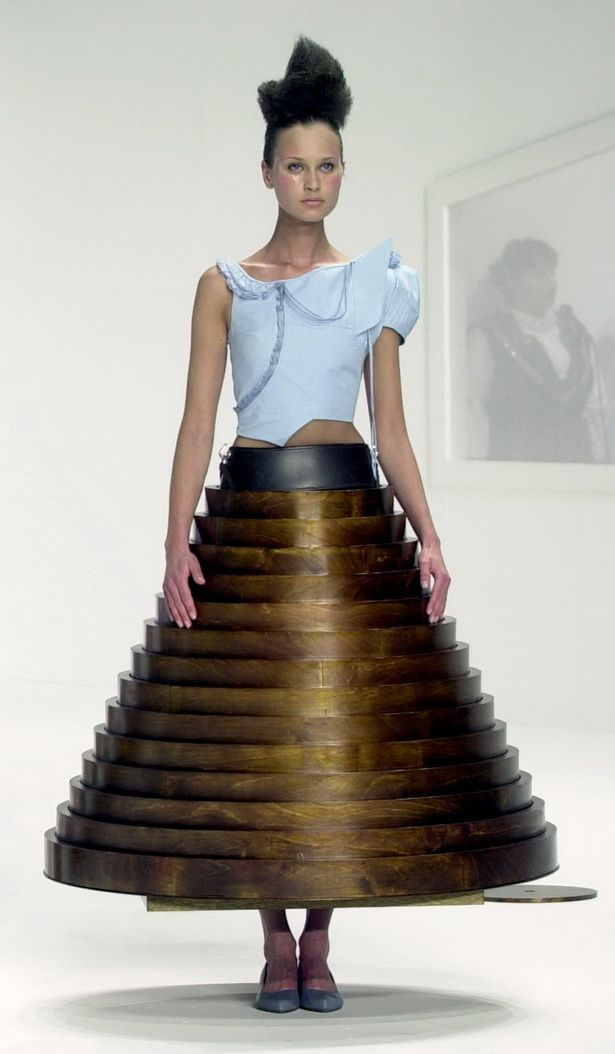 hussein chalayan coffee table dress 2