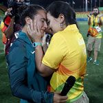 rugby-player-gets-engaged-at-olympics