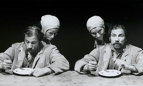 tri-zivota-lusi-kabrol-simon-mcburney