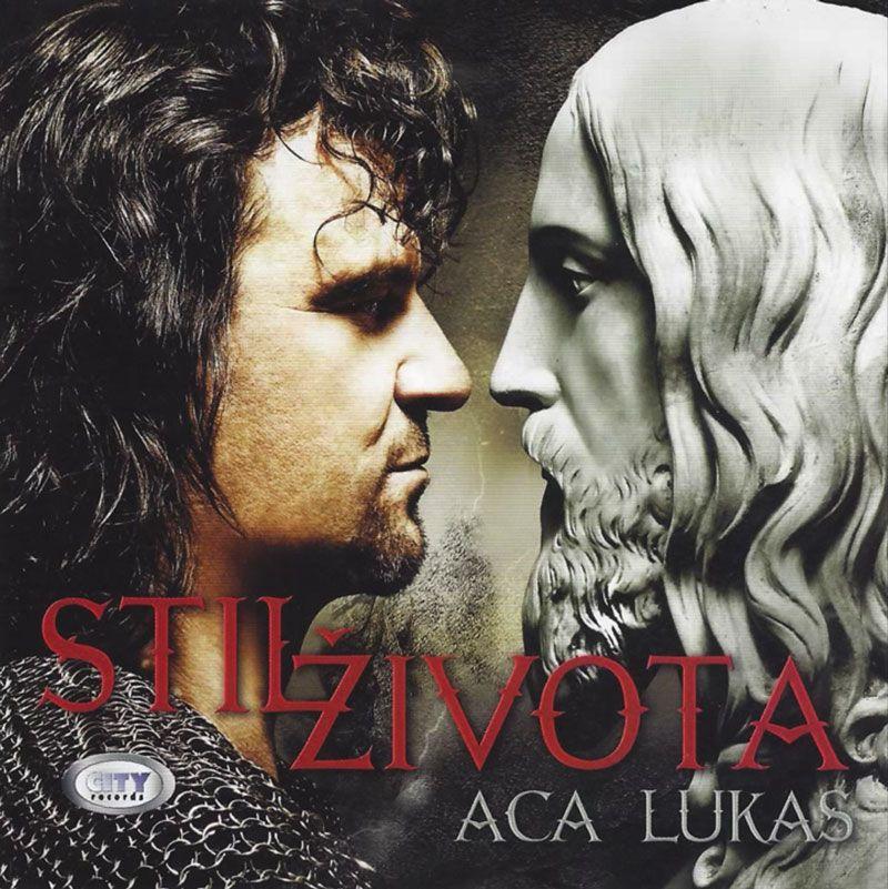 Aca-Lukas-02