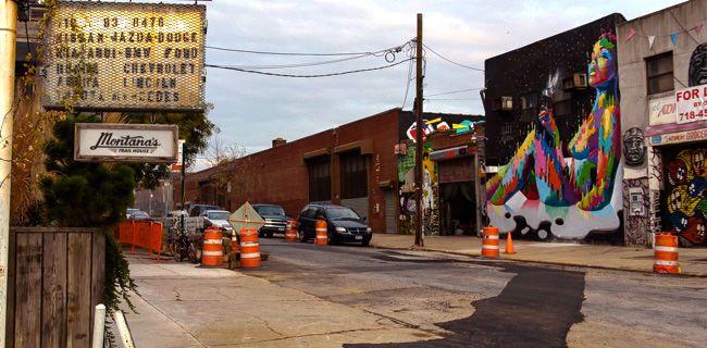 Bushwick_construction_street_colors-f8427e